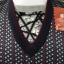 เสื้อกั๊กเล่นลายโลโก้แบรนด์ งานพรีเมี่ยม บุวูลด้านในตัวเสื้อ ให้ความอุ่นได้ดีเยี่ยม thumbnail 3